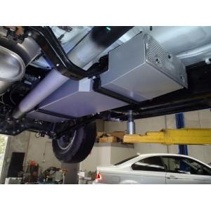 NNDCRNP300  Réservoir de remplacement LRA 135L pour Nissan Navara D23