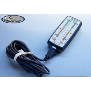 Indicateur et controleur de charge de batterie double